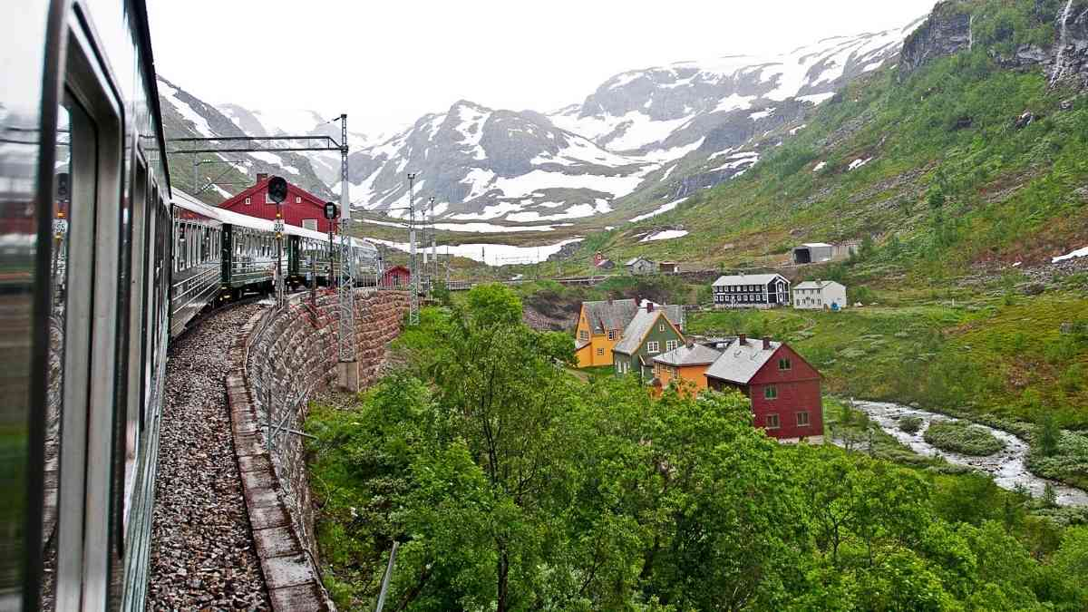 flam railway sognefjord in a nutshell