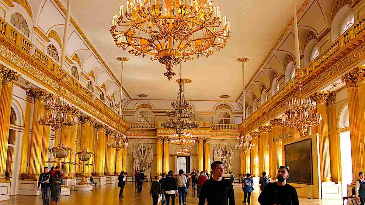 tips for visiting a museum like the hermitage