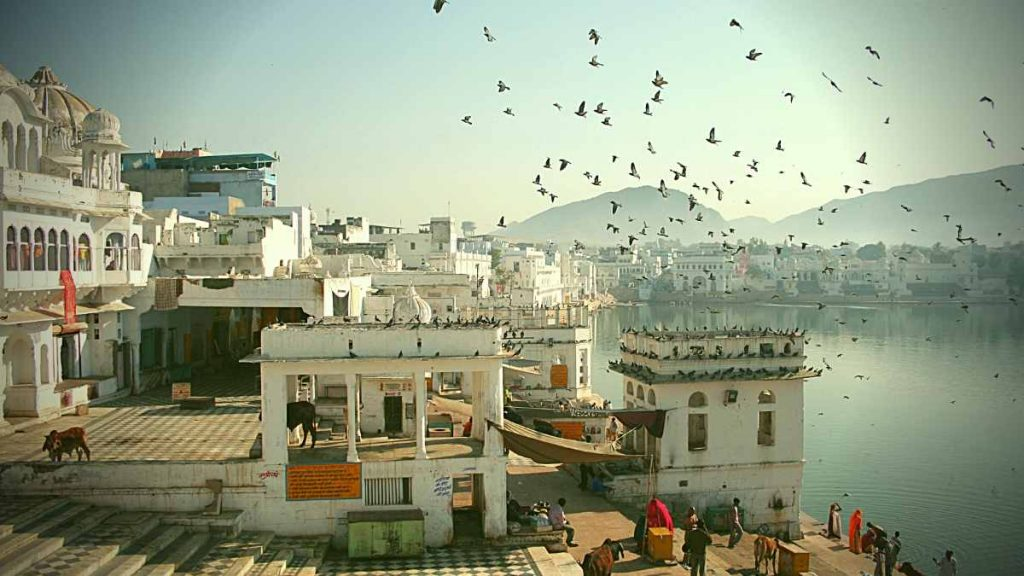 Places to go in Pushkar - lake ghats