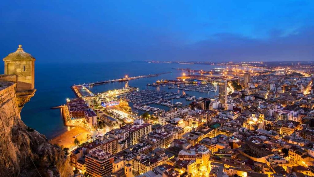 alicante holiday destinations spain
