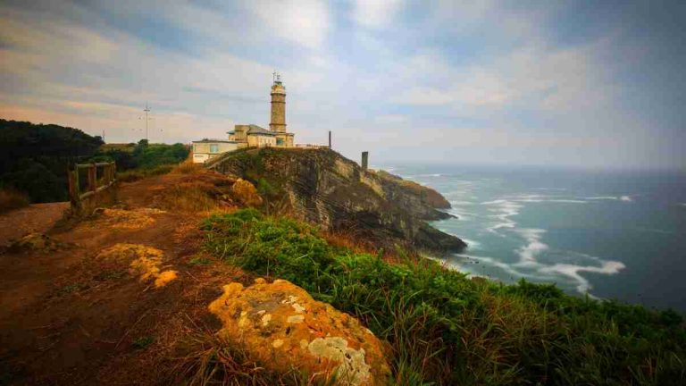 things to do in santander faro de cabo mayor