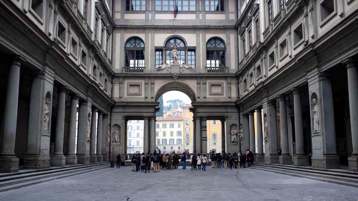2 days in florence uffizi gallery