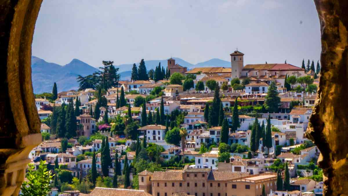 The 10 Best Andalusian Cities in Southern Spain - Robe trotting