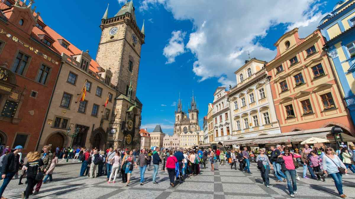 weekend in prague city break guide old town square
