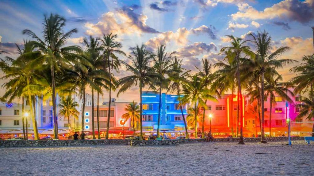 things to do in miami for couples ocean drive