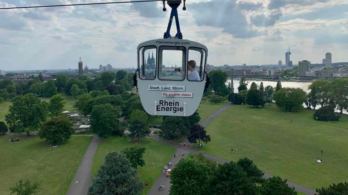 cologne cable cars sightseeing