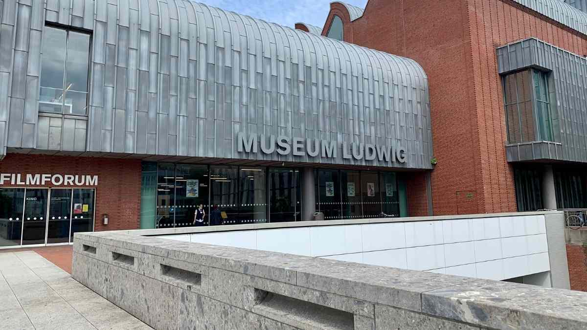cologne sightseeing ludwig museum