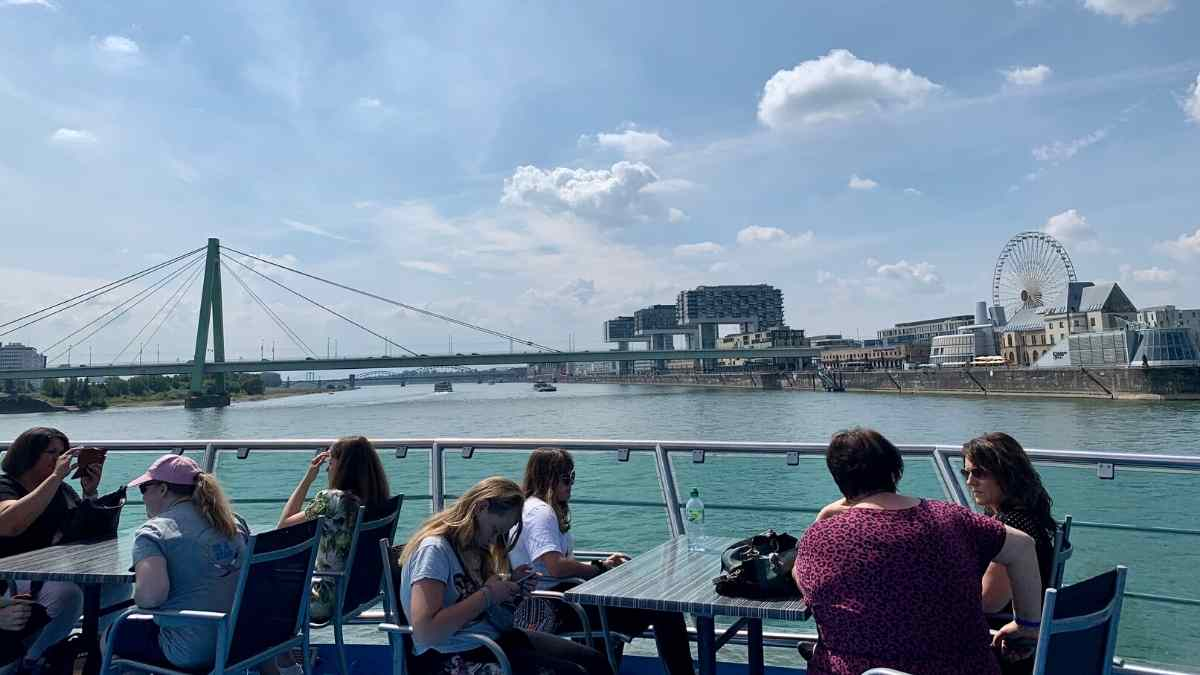 rhine river cruise cologne sightseeing