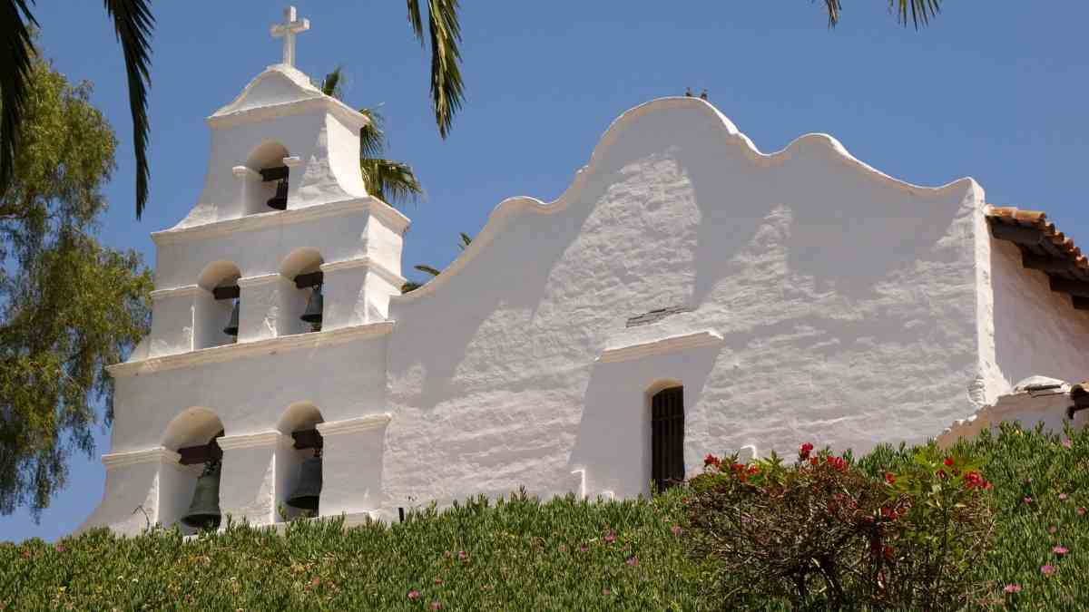 mission basilica plan a trip to san diego itinerary