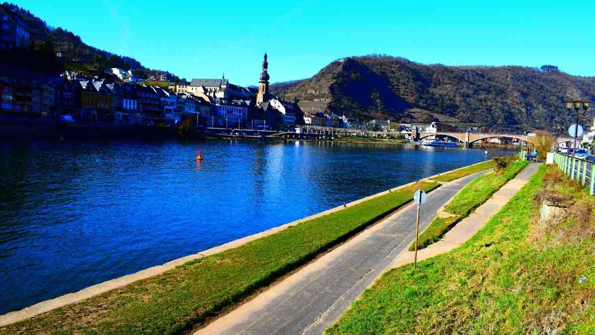 things to do in cochem mosel promenade