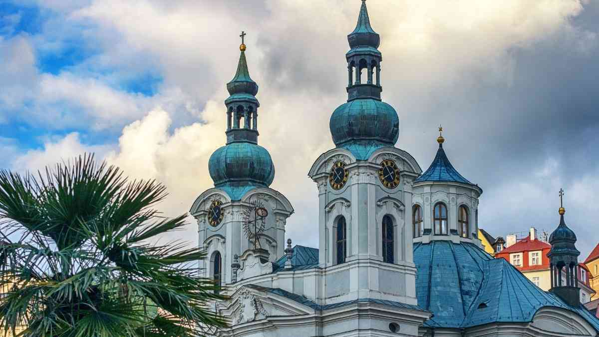 things to do in karlovy vary church of mary magdalene