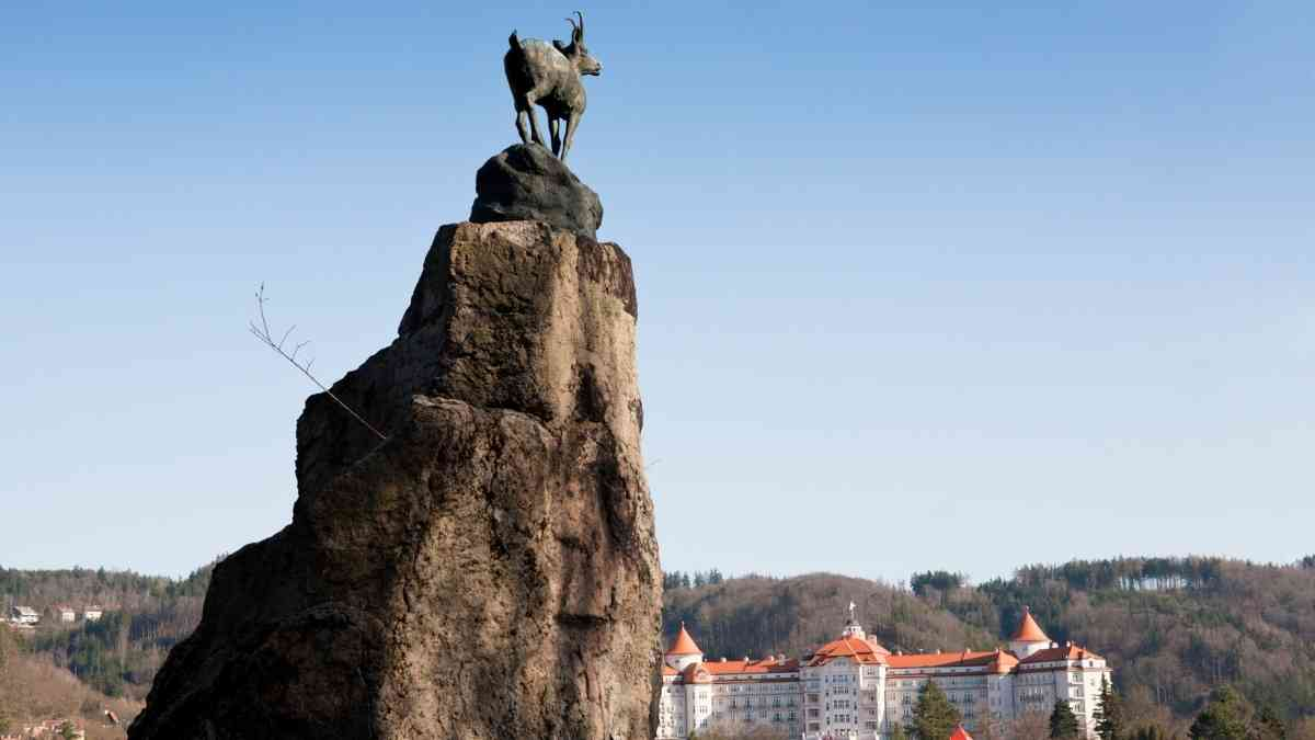deer leap lookout things to do in karlovy vary