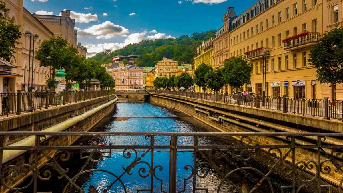 things to do in karlovy vary