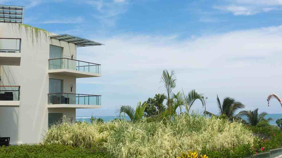 living in bali apartment costs