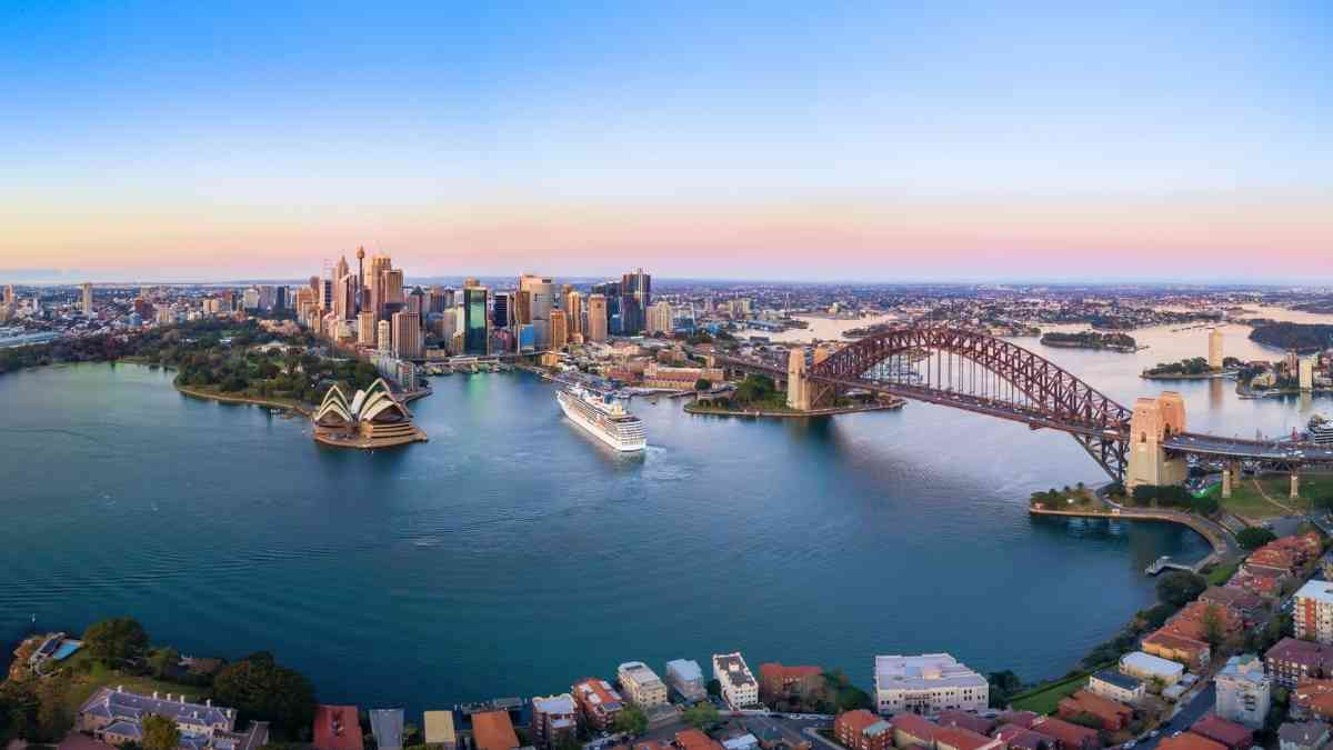 living in sydney harbour panoramic