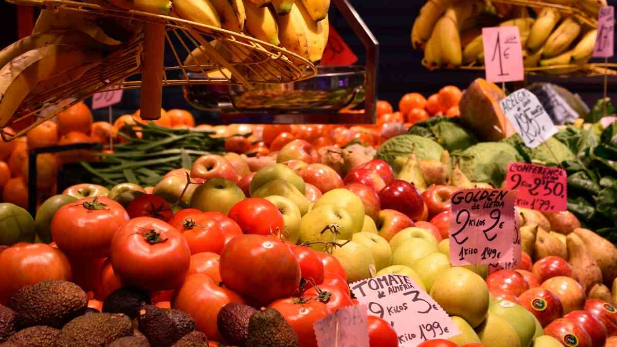 moving to spain food market