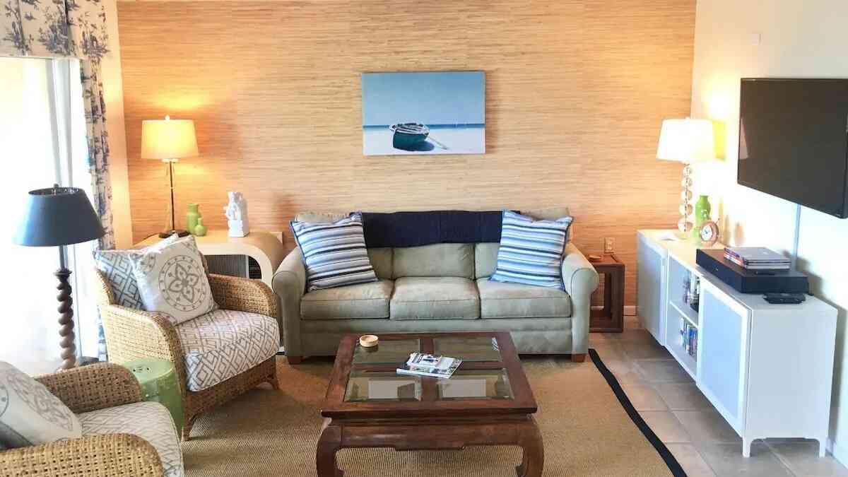 airbnb rehoboth beach condo for 6
