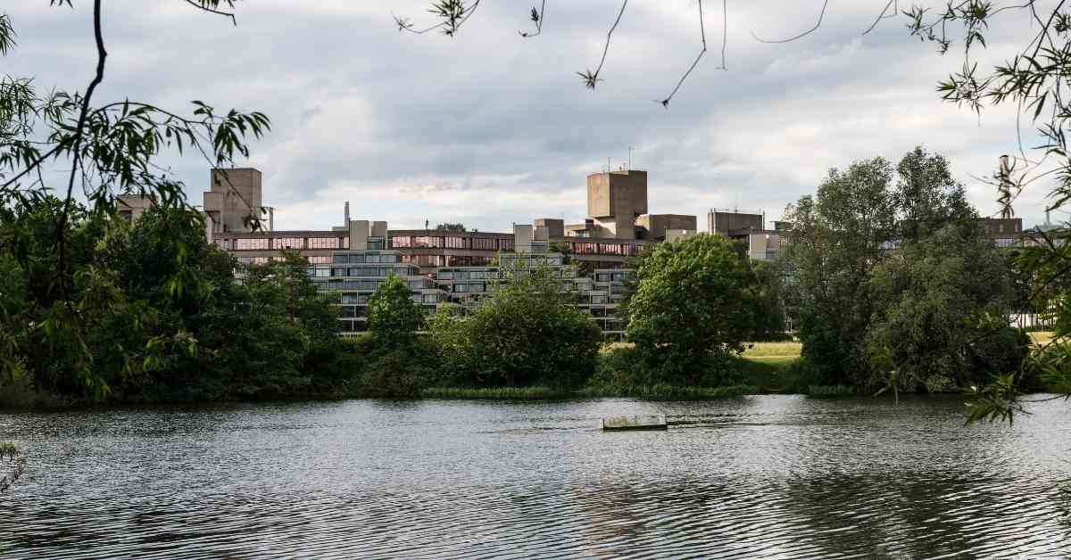 living in norwich england university