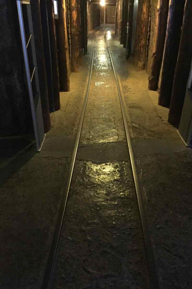 wieliczka salt mine tour miners route (1)